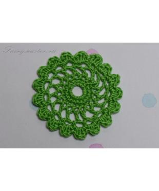 Вязаная салфеточка зеленая