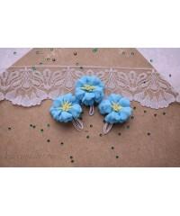 Букетик цветов из фоамирана голубой