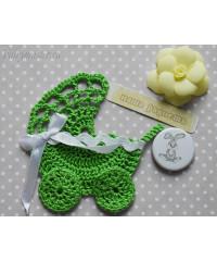 Детская колясочка зелёная